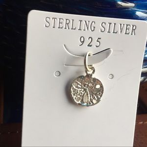 Jewelry - 🎓 Sterling Silver sand dollar charm pendent